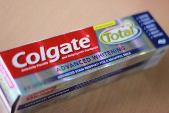 ホームホワイトニング?日本では売られないホワイトニング歯磨き粉。
